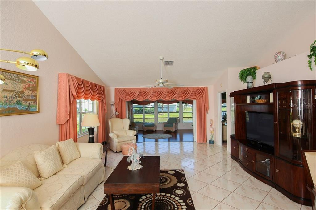 Living Room - Single Family Home for sale at 1806 Ashley Dr, Venice, FL 34292 - MLS Number is D5918442