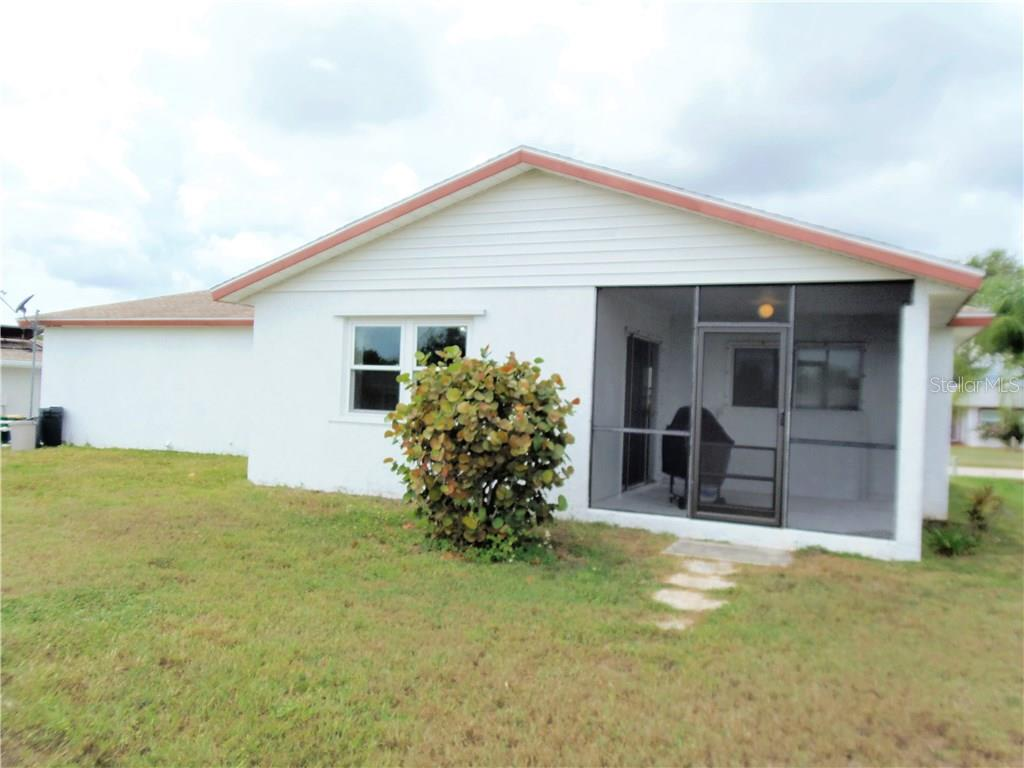 Single Family Home for sale at 121 Caddy Rd, Rotonda West, FL 33947 - MLS Number is D5920358