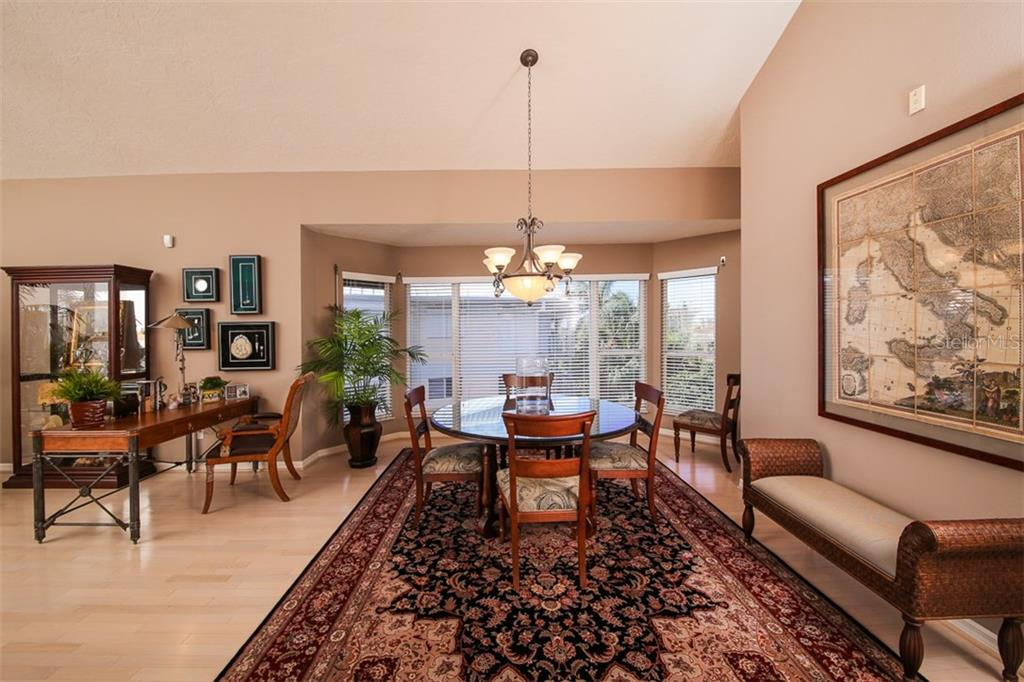 Dining Room - Condo for sale at 11000 Placida Rd #2804, Placida, FL 33946 - MLS Number is D5920736
