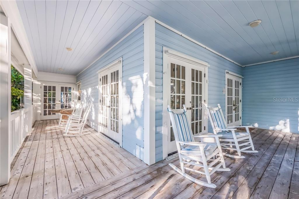 Wrap around front porch - Single Family Home for sale at 186 Carrick Bend Ln, Boca Grande, FL 33921 - MLS Number is D5923688