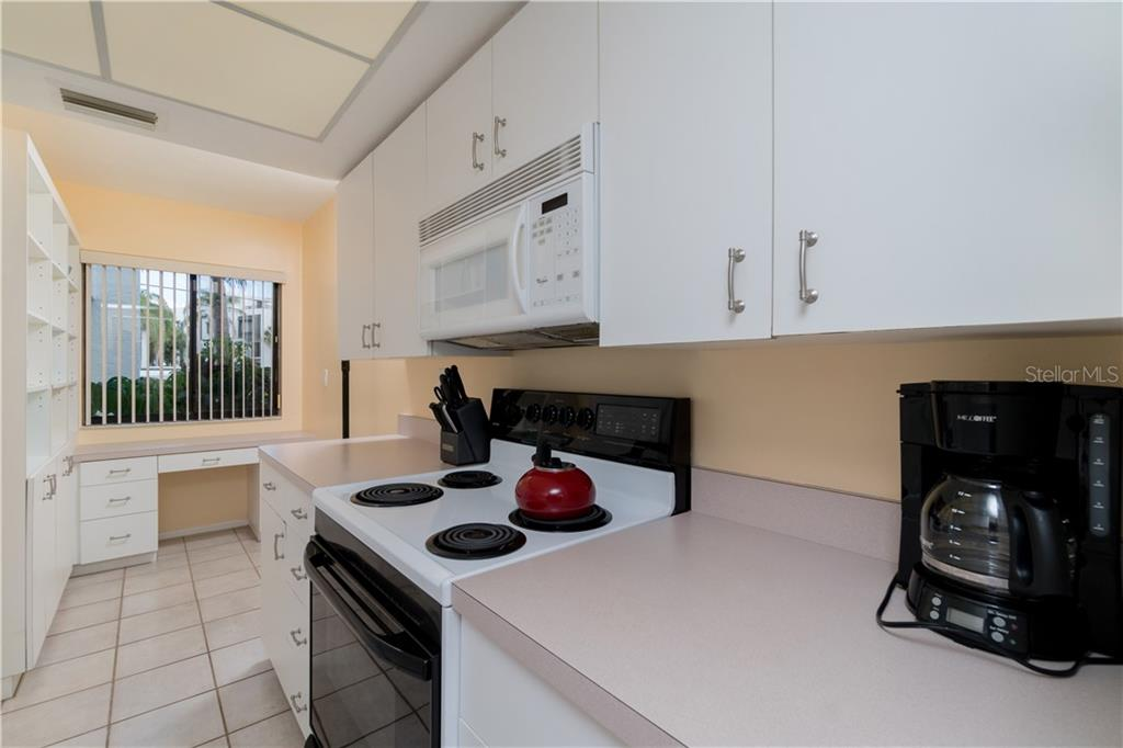 Second View of Kitchen - Condo for sale at 2955 N Beach Rd #b612, Englewood, FL 34223 - MLS Number is D6101147