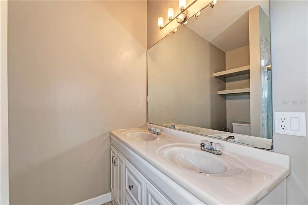 Upstairs bathroom. - Single Family Home for sale at 3723 Shamrock Dr, Venice, FL 34293 - MLS Number is D6102893