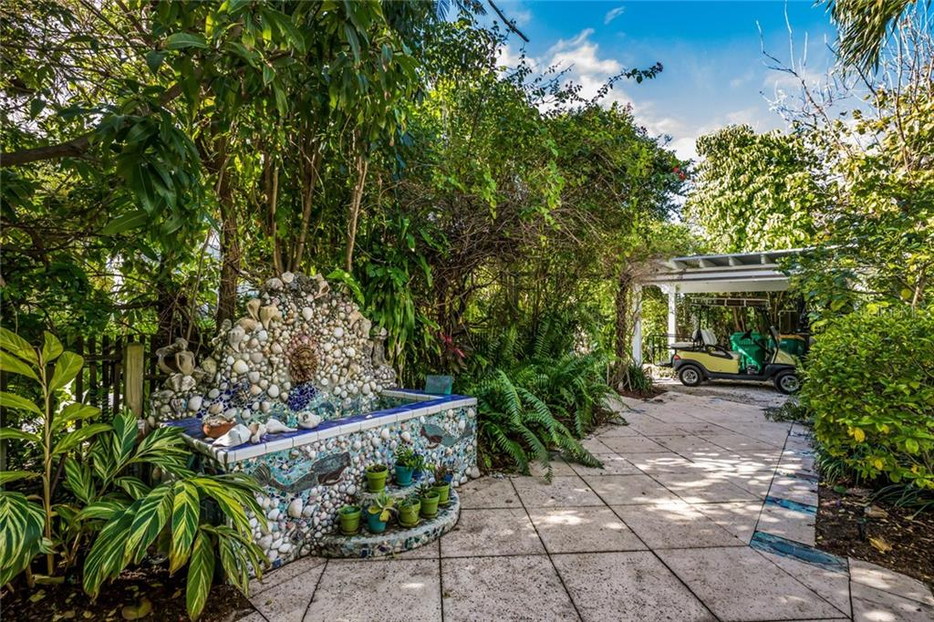 Front entry - Single Family Home for sale at 350 Tarpon Ave, Boca Grande, FL 33921 - MLS Number is D6104230