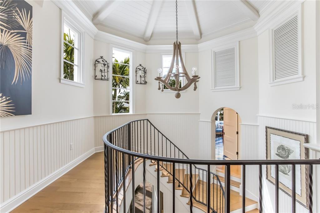 Staircase from upper level - Single Family Home for sale at 300 Lee Ave, Boca Grande, FL 33921 - MLS Number is D6106440