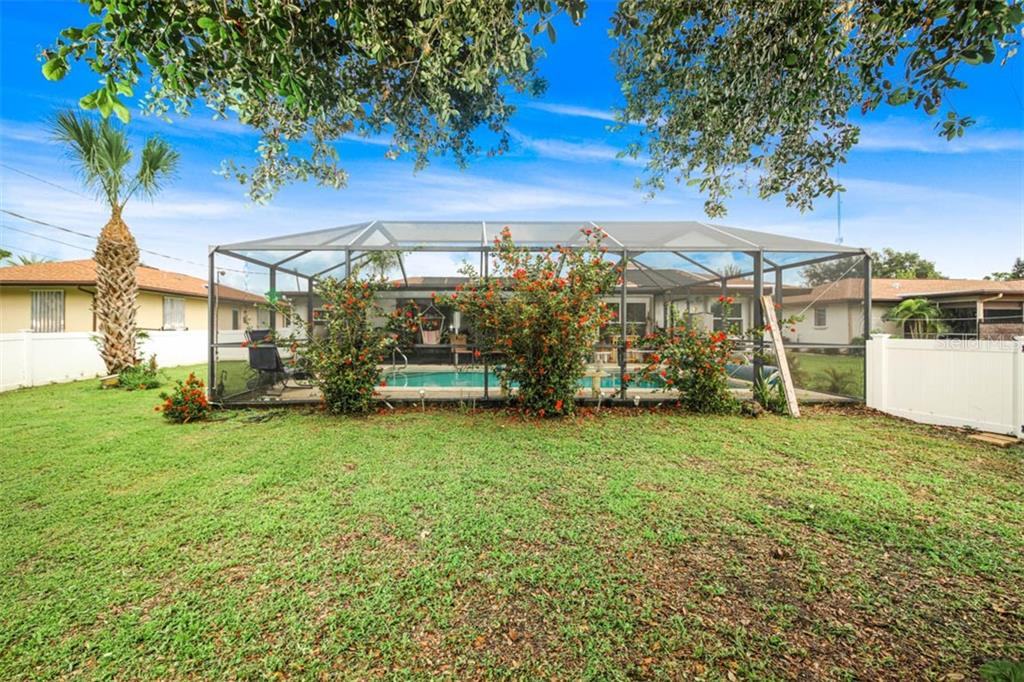newly screened pool cage - Single Family Home for sale at 913 Tropical Ave Nw, Port Charlotte, FL 33948 - MLS Number is D6108061