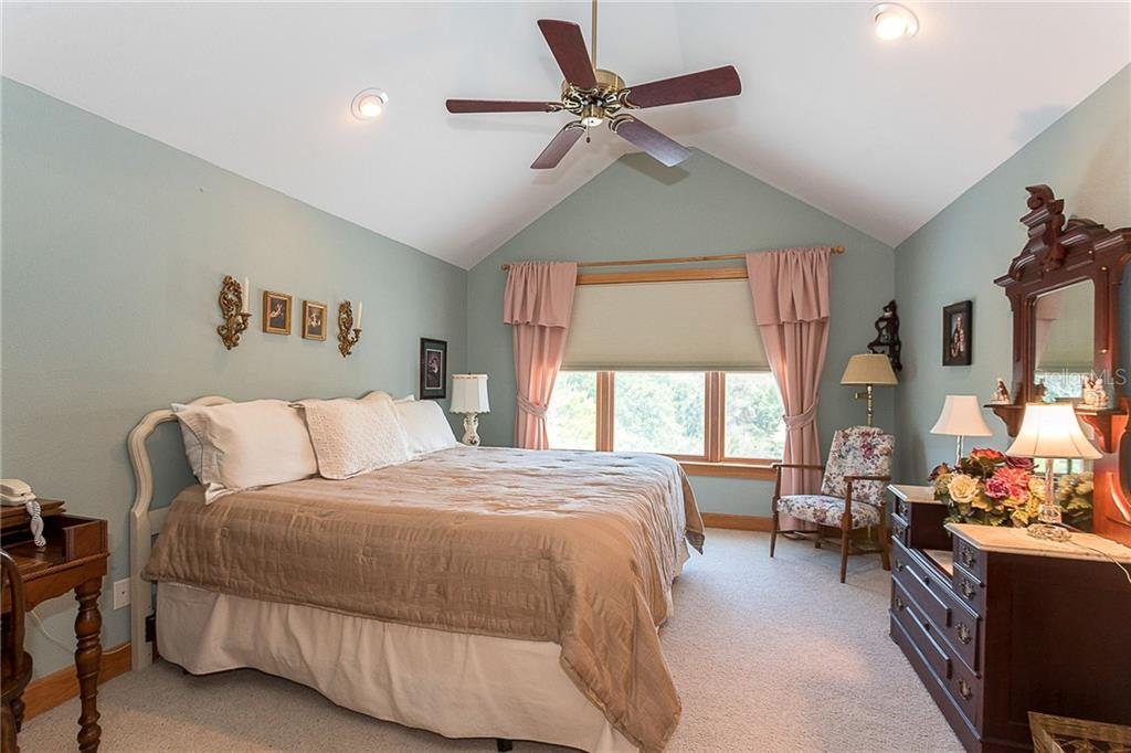 3rd bedroom with custom window treatments - Single Family Home for sale at 550 S Oxford Dr, Englewood, FL 34223 - MLS Number is D6111512