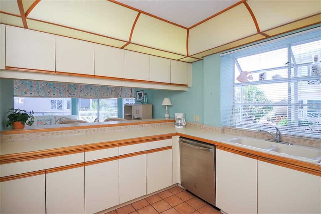 Breakfast Bar seating area - Condo for sale at 11000 Placida Rd #2501, Placida, FL 33946 - MLS Number is D6112229
