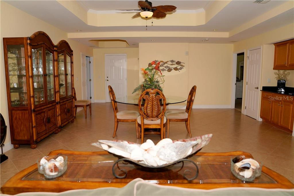 Large dining room - great for entertaining. - Condo for sale at 2245 N Beach Rd #304, Englewood, FL 34223 - MLS Number is D6112346