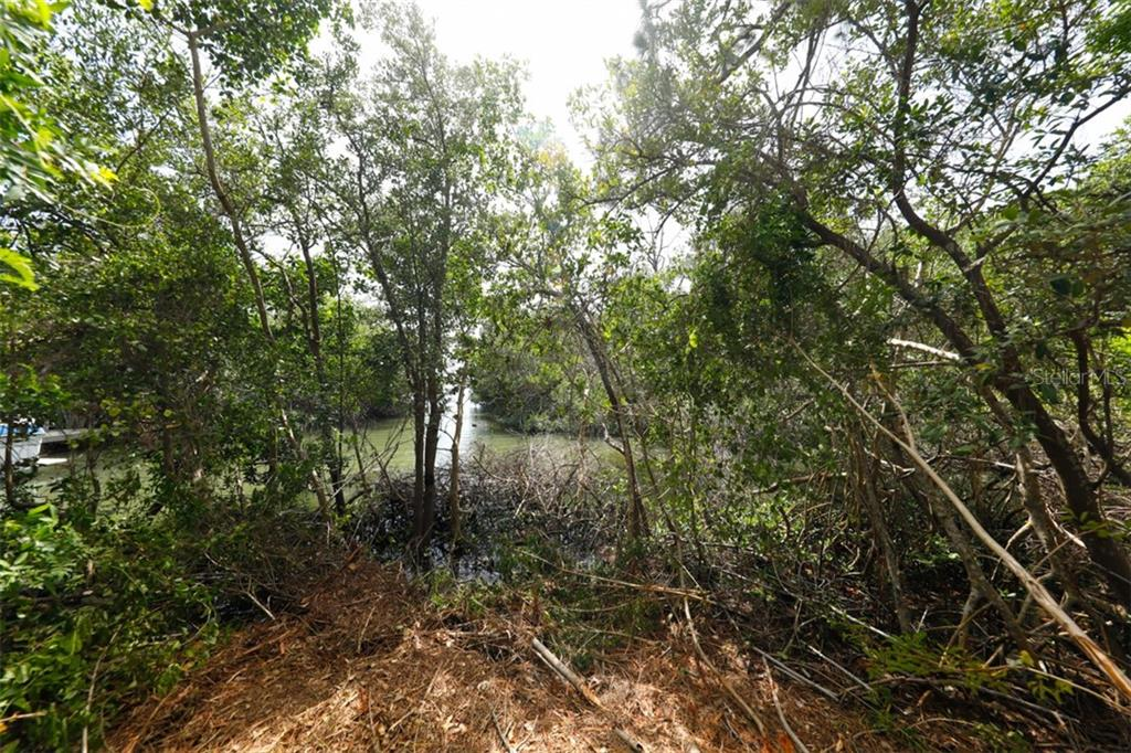 Vacant Land for sale at 9427 Downing St, Englewood, FL 34224 - MLS Number is D6112667
