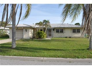 7 Golfview Rd S, Rotonda West, FL 33947