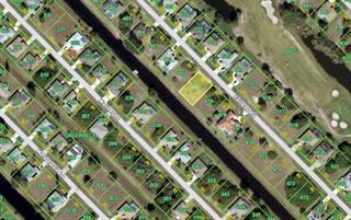 33 Fairway Rd, Rotonda West, FL 33947