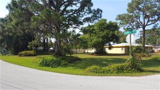 2101 Oyster Creek Dr, Englewood, FL 34224