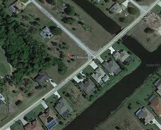 1052 Rotonda Cir, Rotonda West, FL 33947