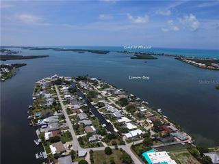 1435 Lemon Bay Dr, Englewood, FL 34223