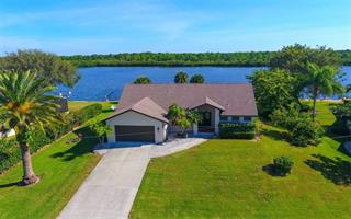 530 Coral Creek Dr, Placida, FL 33946