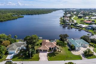 500 Coral Creek Dr, Placida, FL 33946