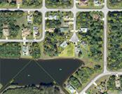 100 Byron Ct, Rotonda West, FL 33947