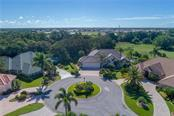 Cul-de-sac view - Single Family Home for sale at 422 Wincanton Pl, Venice, FL 34293 - MLS Number is D6101809