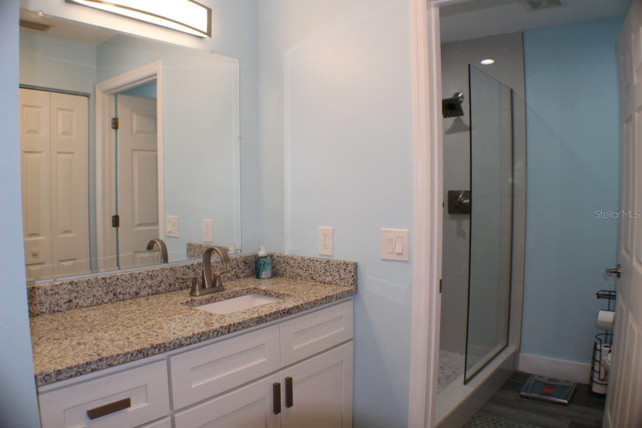Condo for sale at 5528 Fair Oaks St #5528, Bradenton, FL 34203 - MLS Number is U8121371