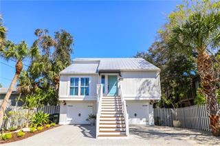 4931 Commonwealth Dr, Sarasota, FL 34242