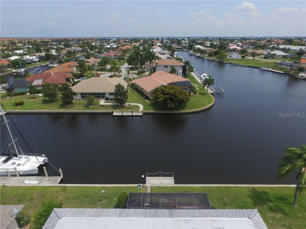 2804 Via Paloma Dr, Punta Gorda, FL 33950 - photo 14 of 25