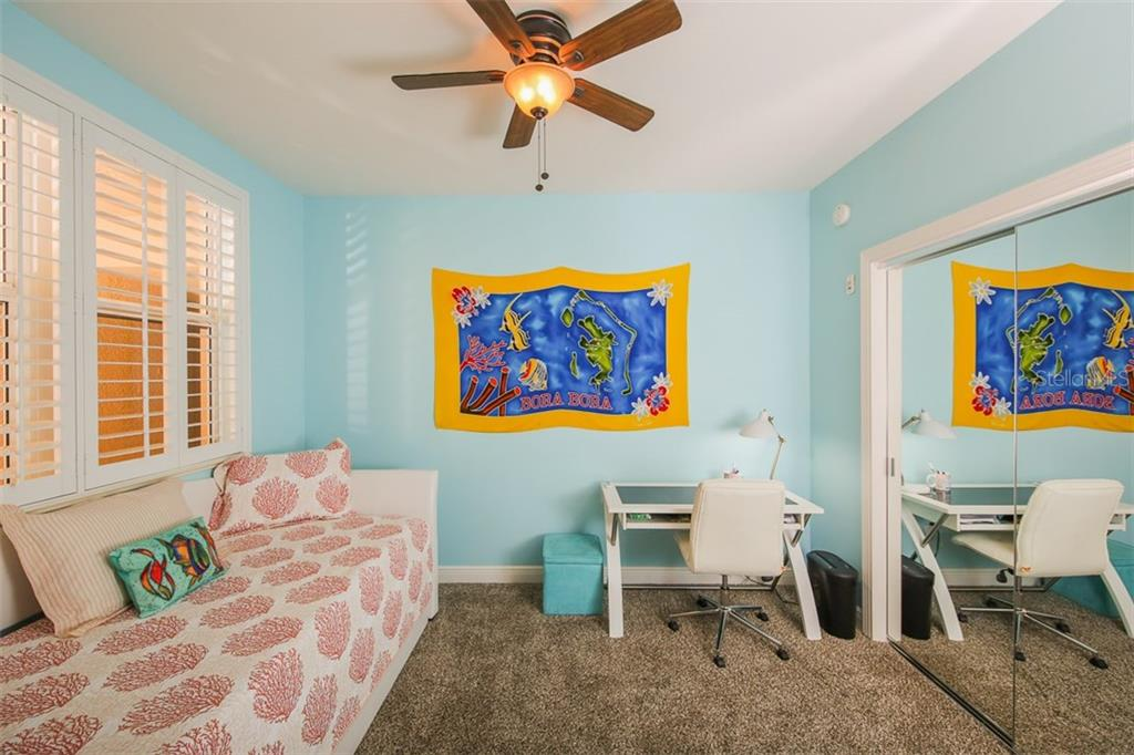 This pleasant 3rd bedroom/den is a great place to work on the computer or pay bills and can also function as a bedroom for overflow guests! - Condo for sale at 3313 Sunset Key Cir #402, Punta Gorda, FL 33955 - MLS Number is C7236886
