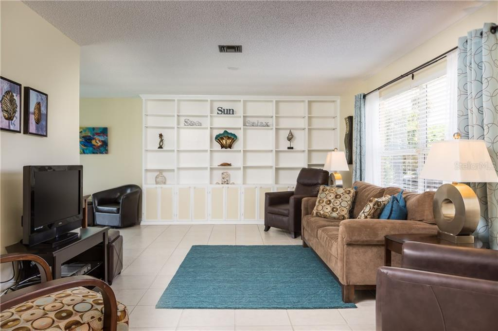 Spacious Master Bedroom and Ensuite with Walk-in Closet - Single Family Home for sale at 890 Coronado Dr, Punta Gorda, FL 33950 - MLS Number is C7243197
