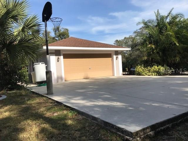 Single Family Home for sale at 5429 Carso Ter, North Port, FL 34286 - MLS Number is C7248087