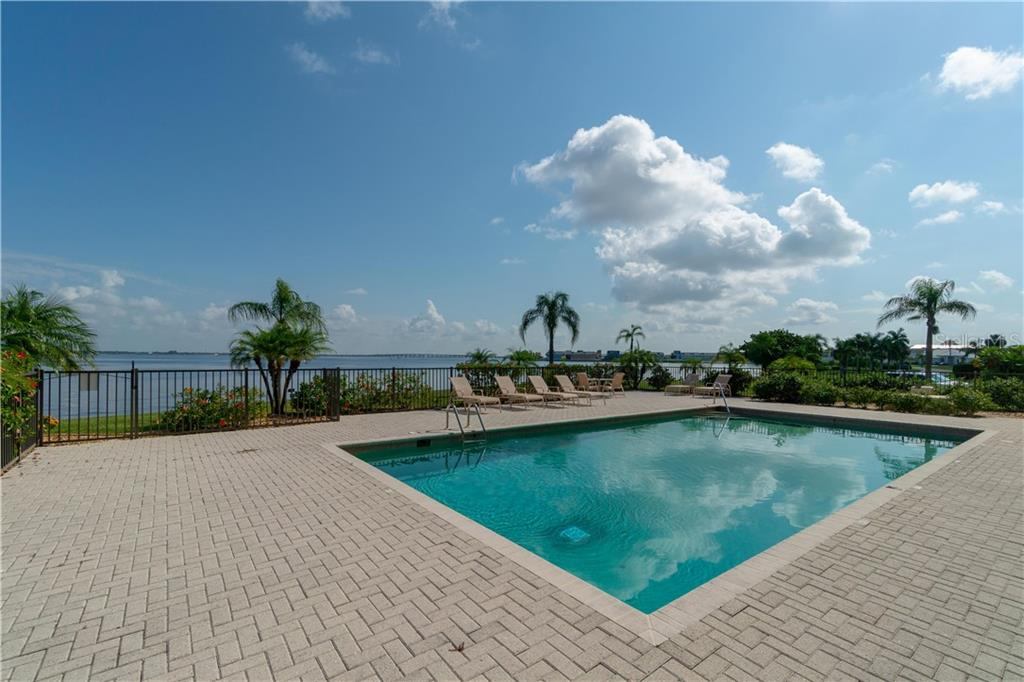 Condo for sale at 1601 Park Beach Cir #17| 135, Punta Gorda, FL 33950 - MLS Number is C7403730