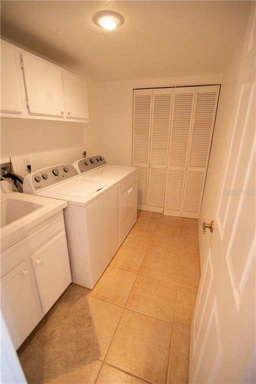 This spacious interior laundry/utility room keeps everything nearby and hidden away from your main living areas. - Condo for sale at 1601 Park Beach Cir #112 / 2, Punta Gorda, FL 33950 - MLS Number is C7407435