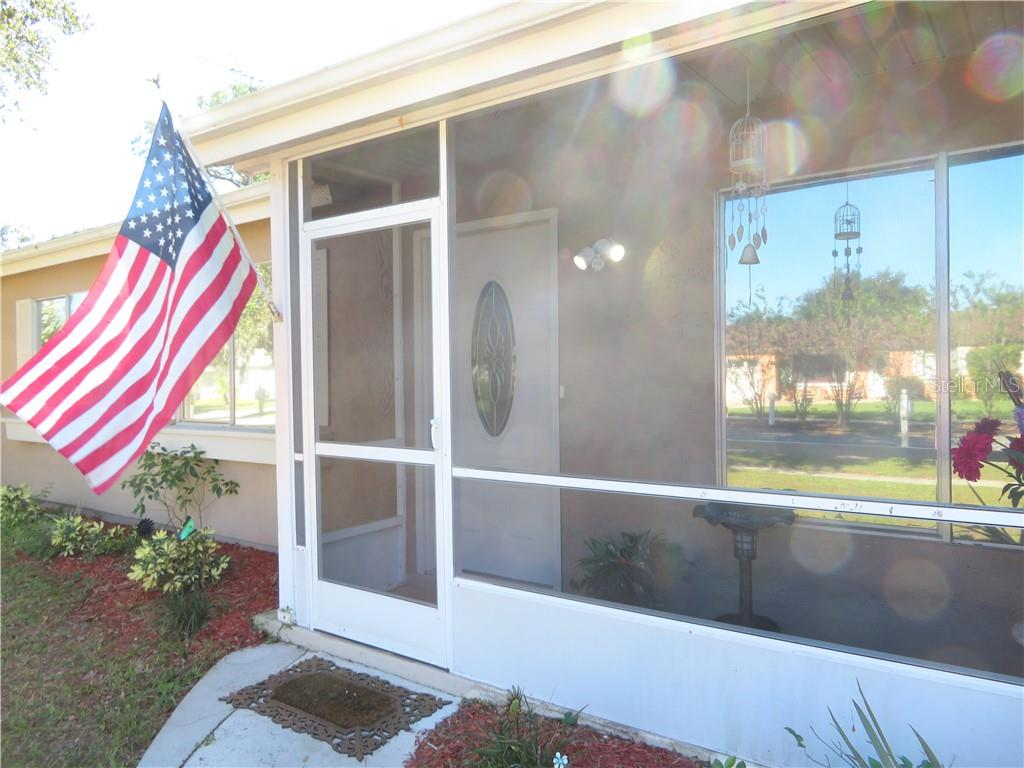Screen ed front porch - Single Family Home for sale at 4275 Tollefson Ave, North Port, FL 34287 - MLS Number is C7416188