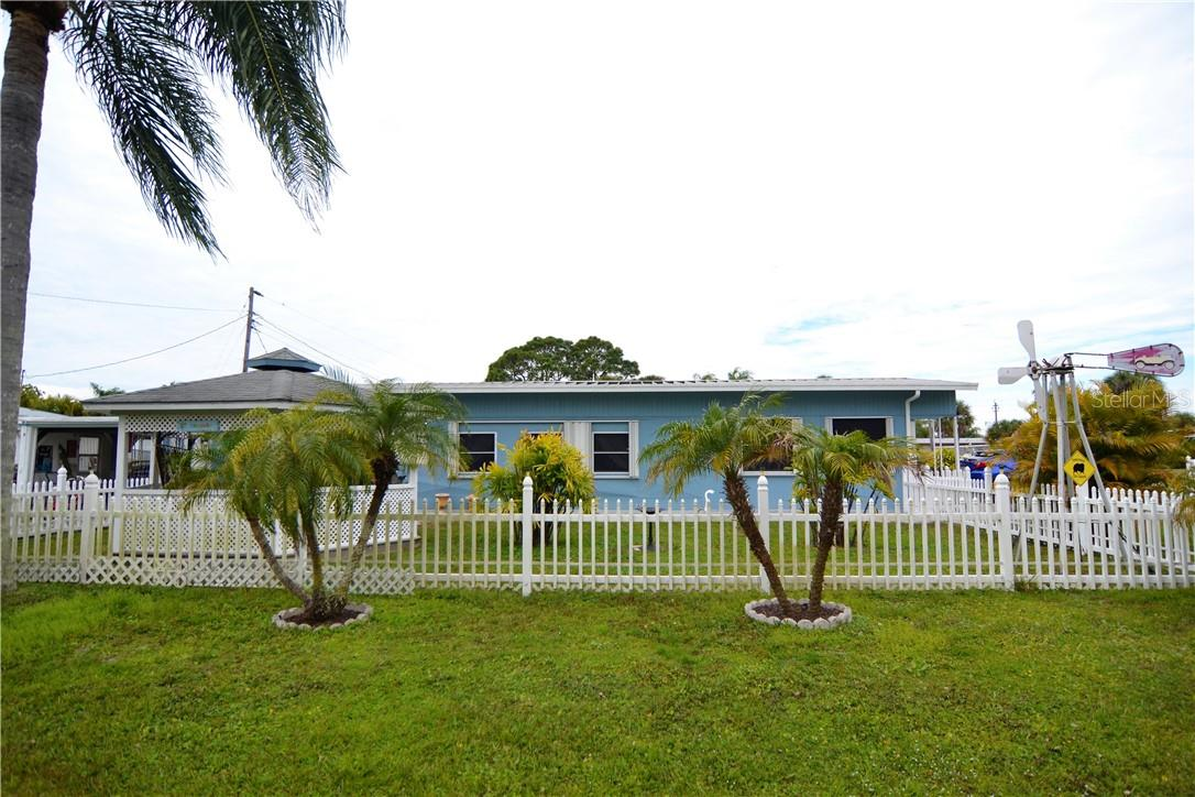 Single Family Home for sale at 112 Via Madonna, Englewood, FL 34224 - MLS Number is C7436518