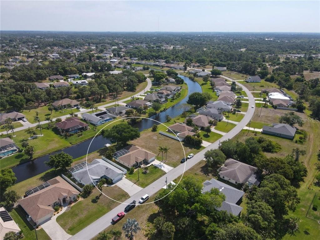 Single Family Home for sale at 116 Mariner Ln, Rotonda West, FL 33947 - MLS Number is C7441260