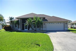 36 Medalist Ct, Rotonda West, FL 33947