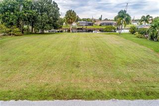126 Colonial St Sw, Port Charlotte, FL 33952