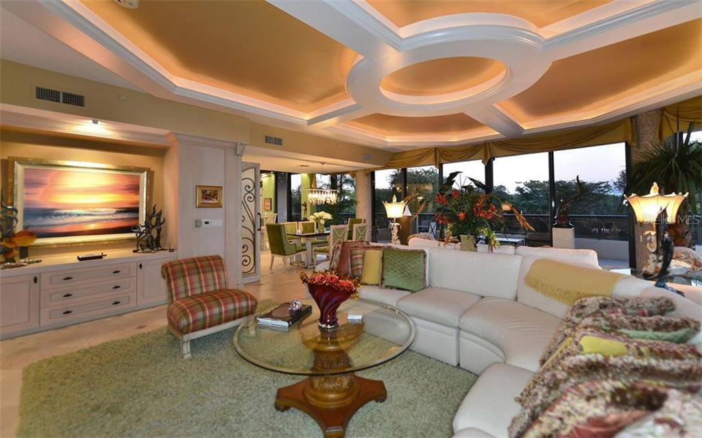 Additional photo for property listing at 435 L Ambiance Dr #h202  Longboat Key, Florida,34228 United States
