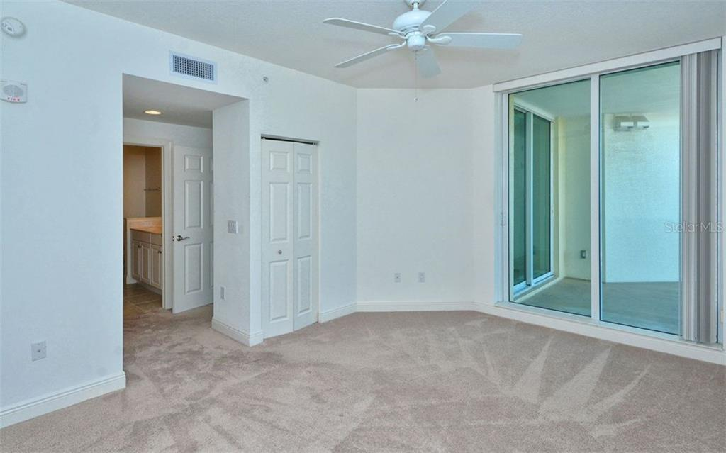 Condo for sale at 800 N Tamiami Trl #1206, Sarasota, FL 34236 - MLS Number is A4169444