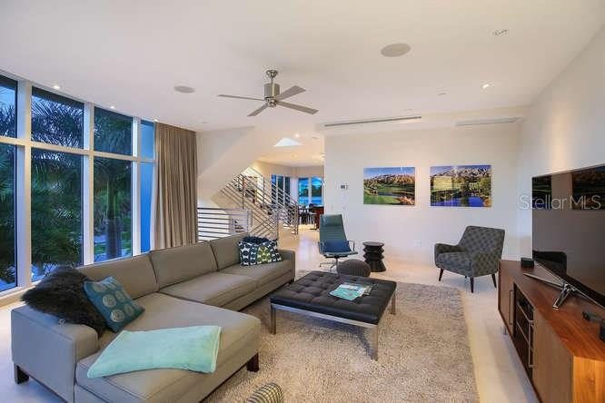 Living room - Condo for sale at 501 Beach Rd #b, Sarasota, FL 34242 - MLS Number is A4175979