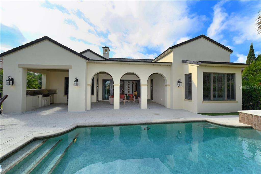 Single Family Home for sale at 8347 Catamaran Cir, Lakewood Ranch, FL 34202 - MLS Number is A4177280