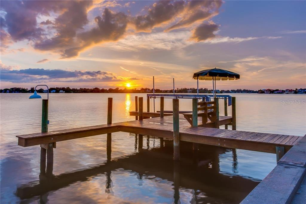1705 Southpointe Dr, Sarasota, FL 34231 - photo 24 of 25