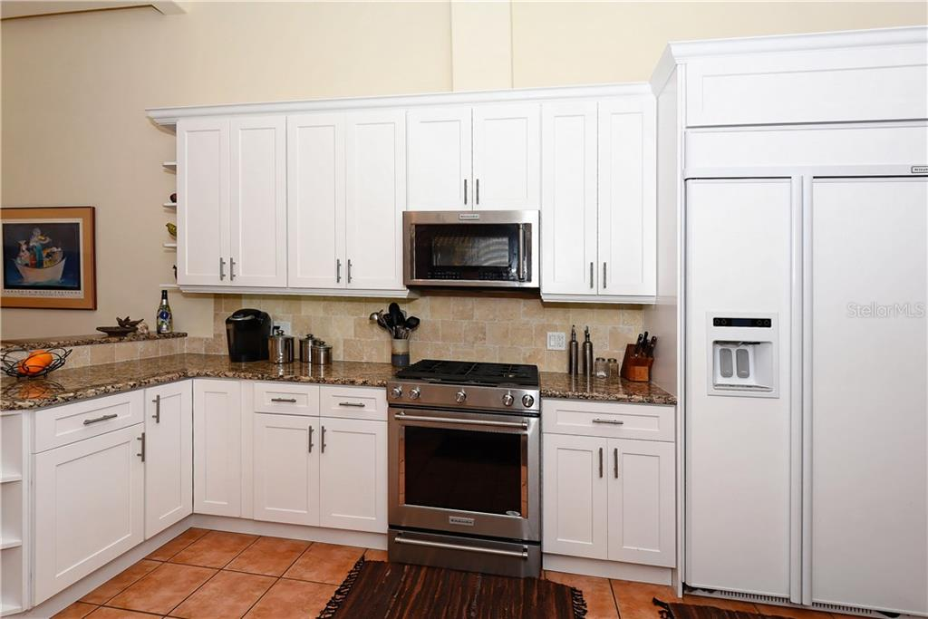Kitchen - Single Family Home for sale at 602 Weston Pointe Ct, Longboat Key, FL 34228 - MLS Number is A4178531