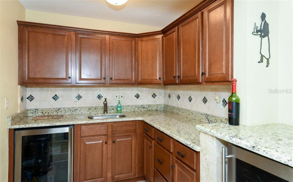 Lower level mini-kitchen - Single Family Home for sale at 1627 Shelburne Ln, Sarasota, FL 34231 - MLS Number is A4184556