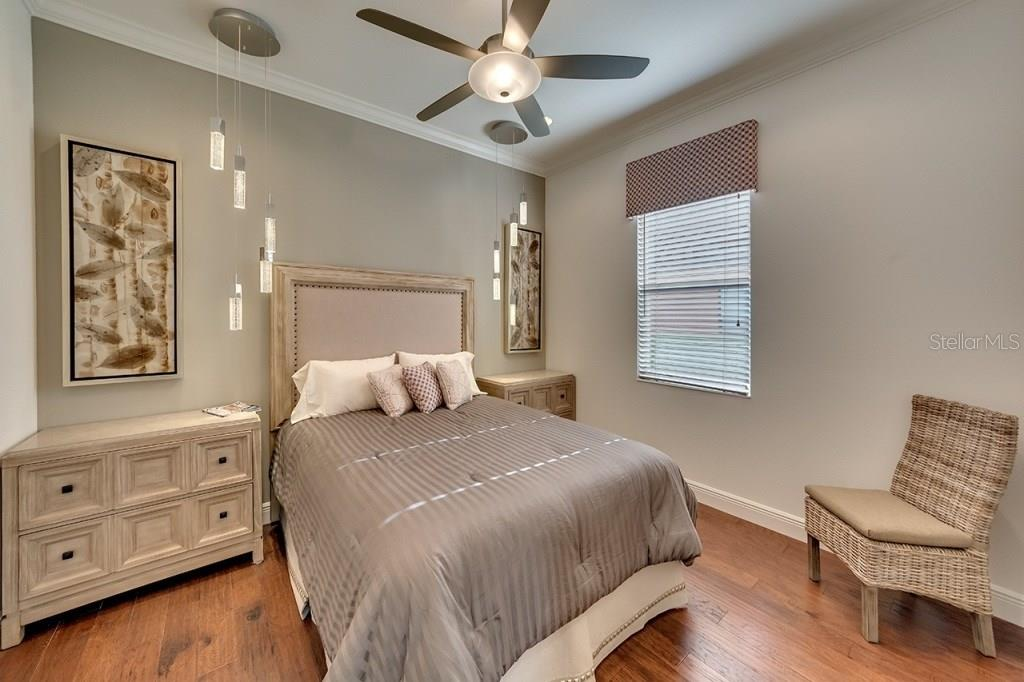 Bedroom 2 - Single Family Home for sale at 505 Mast Dr, Bradenton, FL 34208 - MLS Number is A4184659