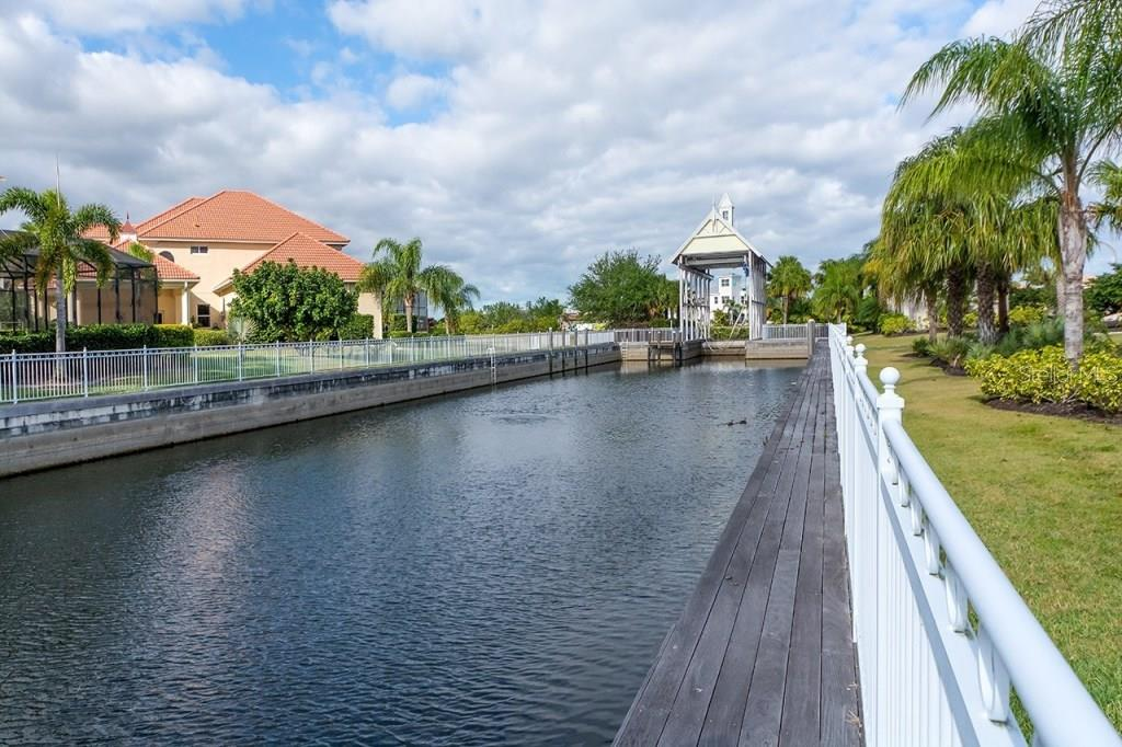 Easy Water Access - Single Family Home for sale at 505 Mast Dr, Bradenton, FL 34208 - MLS Number is A4184659