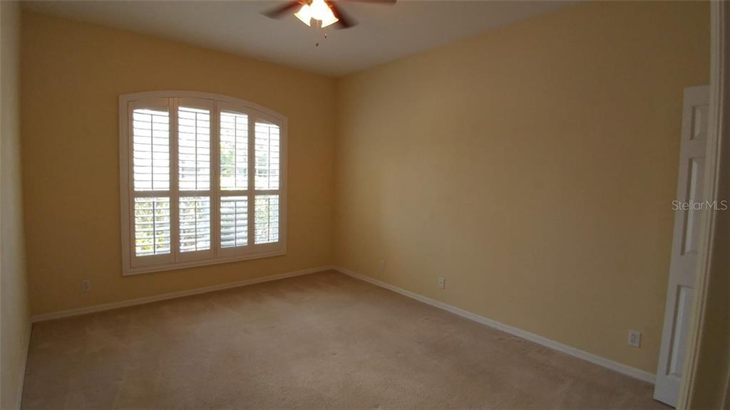 Bedroom one - Single Family Home for sale at 7111 Sandhills Pl, Lakewood Ranch, FL 34202 - MLS Number is A4185112