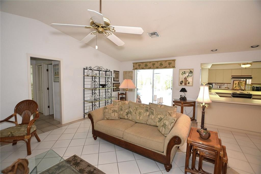 Family Room - Single Family Home for sale at 1157 Wyeth Dr, Nokomis, FL 34275 - MLS Number is A4185839