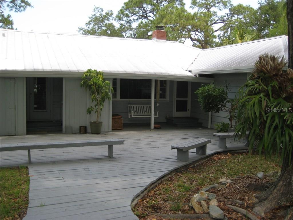 Single Family Home for sale at 4124 Windemere Pl, Sarasota, FL 34231 - MLS Number is A4186503
