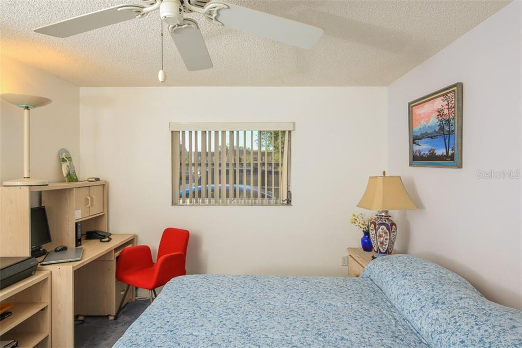 Bedroom 2 of 2 - Condo for sale at 5800 Hollywood Blvd #113, Sarasota, FL 34231 - MLS Number is A4188016