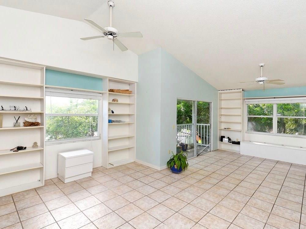 Single Family Home for sale at 5319 Calle De La Siesta #5319/5321, Sarasota, FL 34242 - MLS Number is A4188754