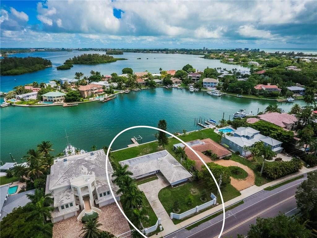 Single Family Home for sale at 830 Siesta Dr, Sarasota, FL 34242 - MLS Number is A4190419